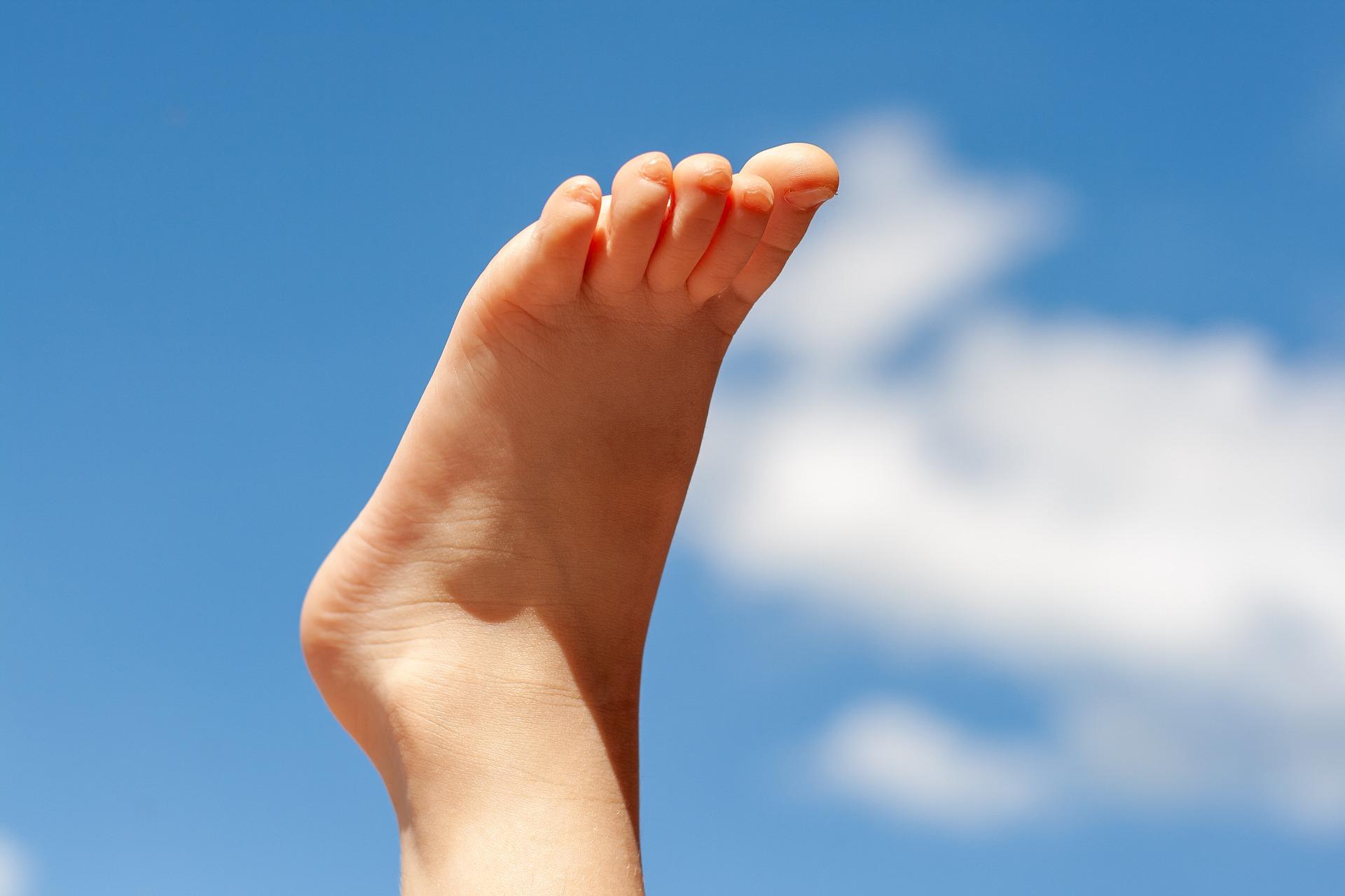 Einfaches Entgiften über die Füße