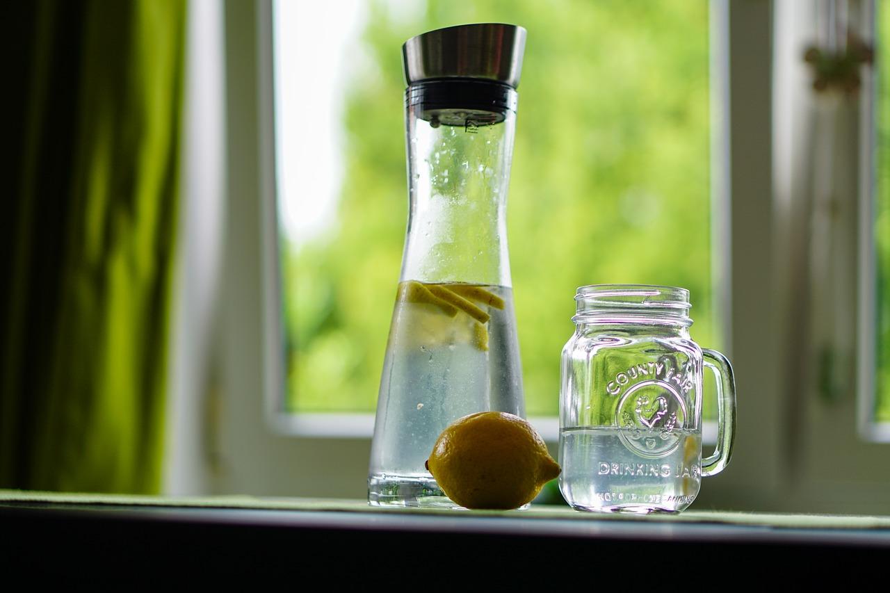Vorteile von warmen Zitronenwasser am Morgen
